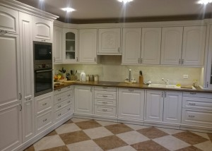 traditional-kitchen-custom-carpentry-16